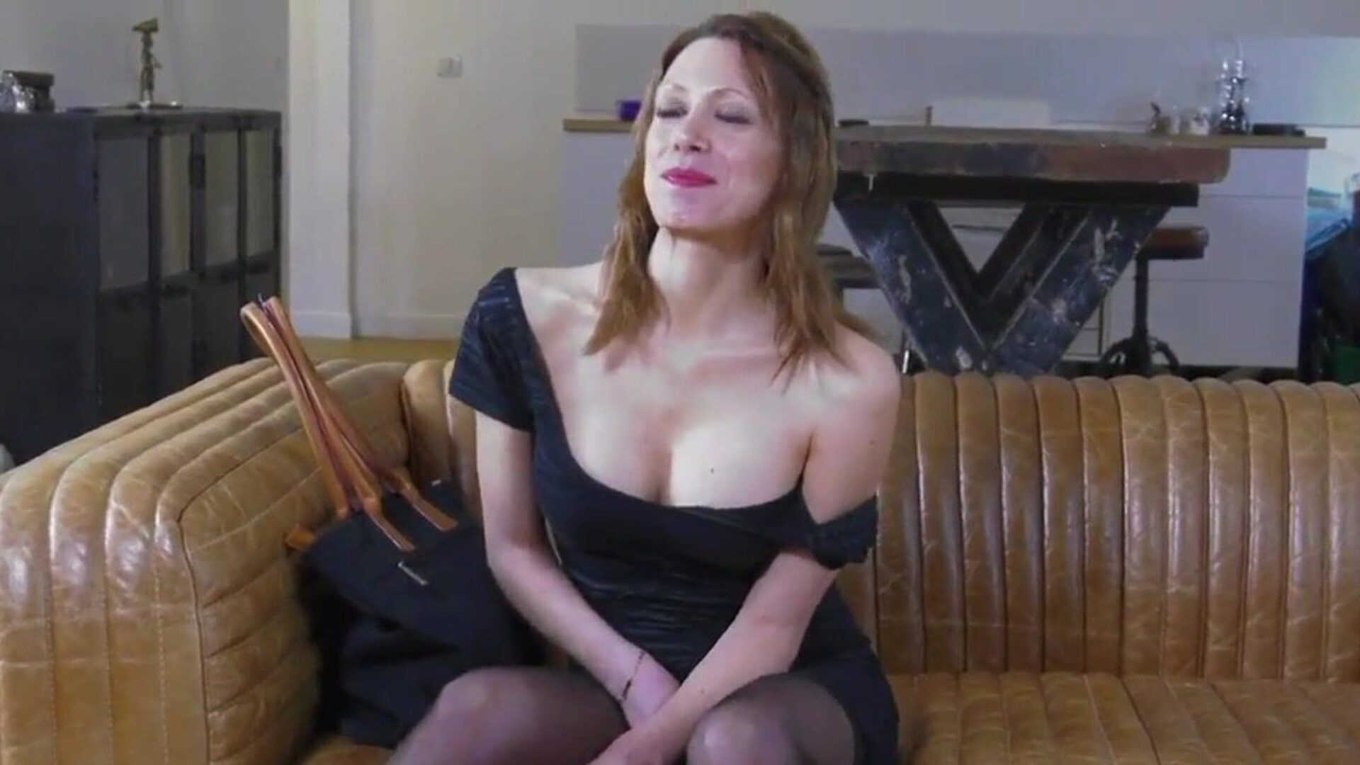 French Anal Amateur Threesome